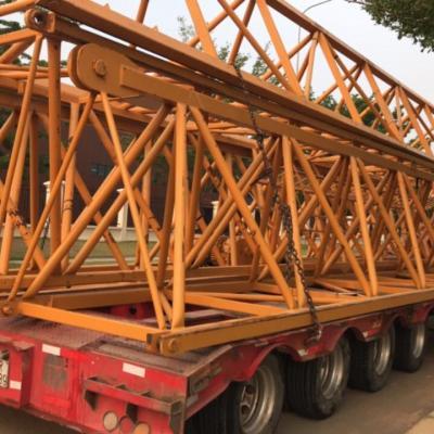 Vận chuyển cẩu tháp phục vụ công trình xây dựng
